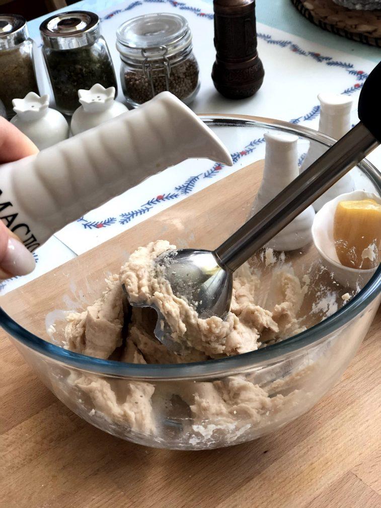 Фото рецепта - Соус из белой фасоли - шаг 7