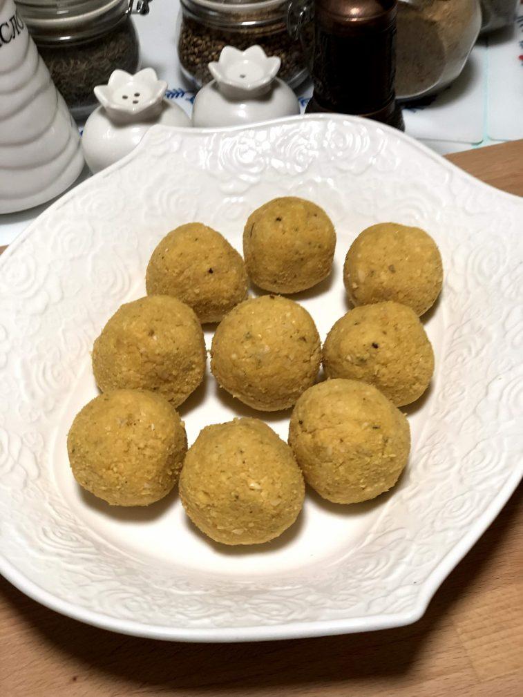 Фото рецепта - Фалафель – гороховые шарики - шаг 7