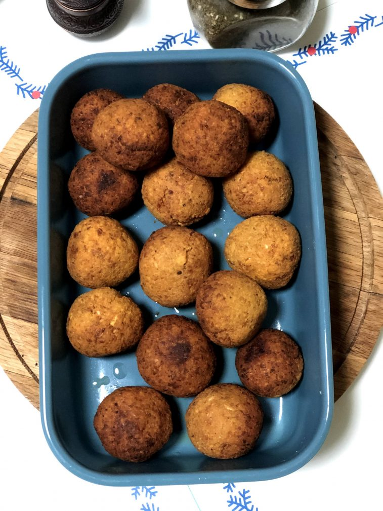 Фото рецепта - Фалафель – гороховые шарики - шаг 9