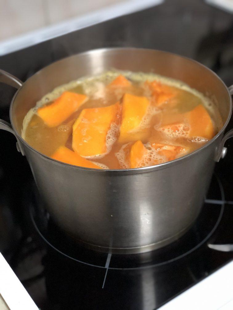 Фото рецепта - Крем-суп из тыквы - шаг 4