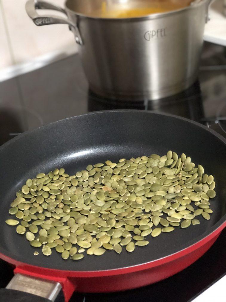Фото рецепта - Крем-суп из тыквы - шаг 8