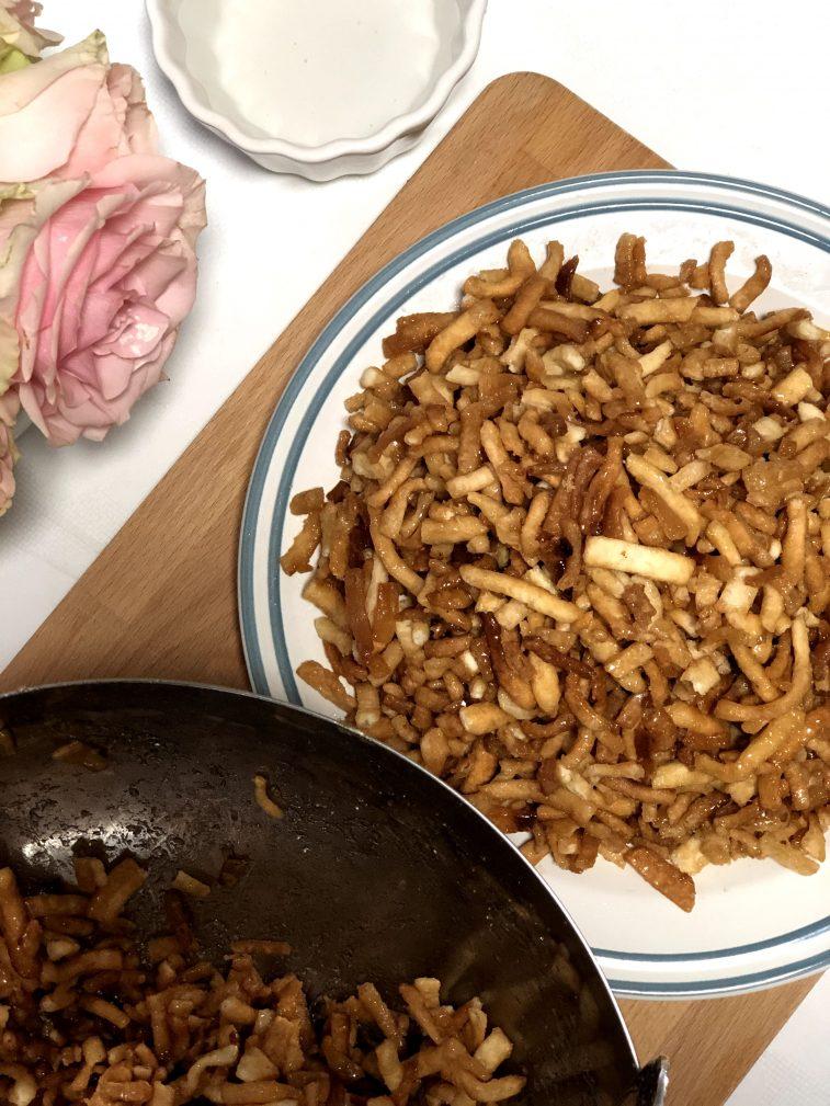 Фото рецепта - Чак-чак – восточная сладость - шаг 17