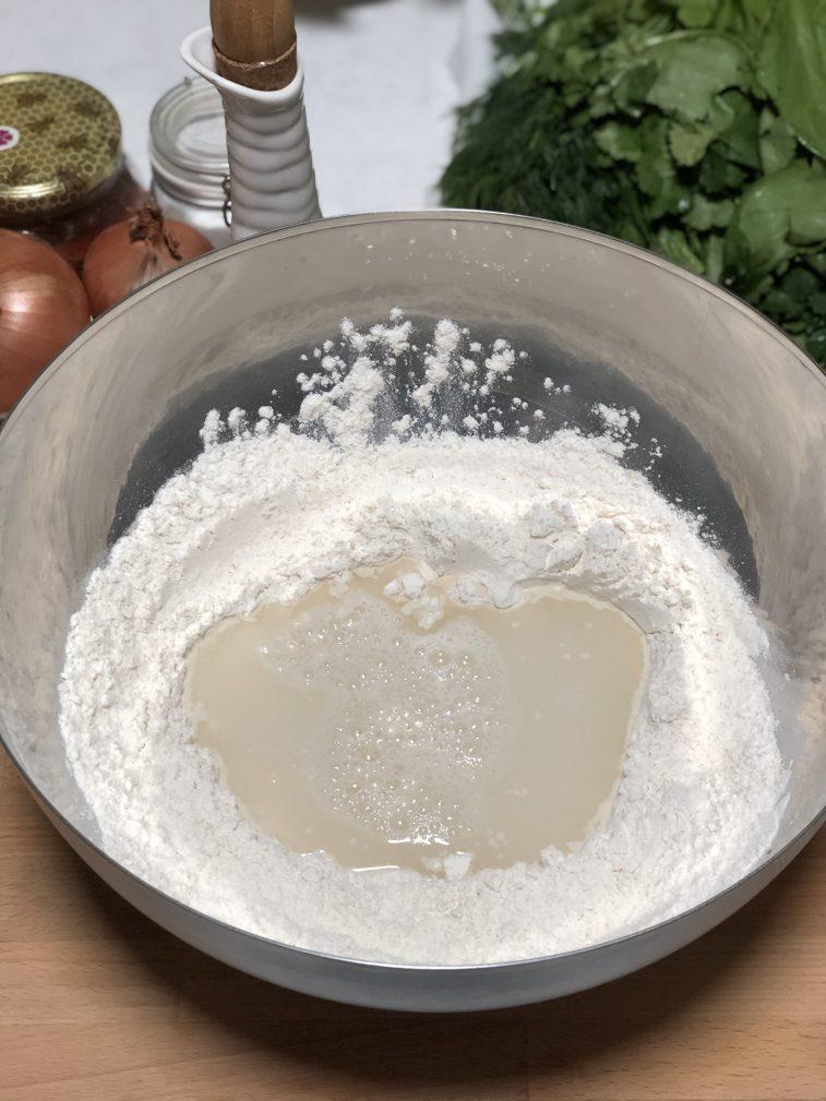 Фото рецепта - Лепешки с зеленью по-армянски - шаг 6