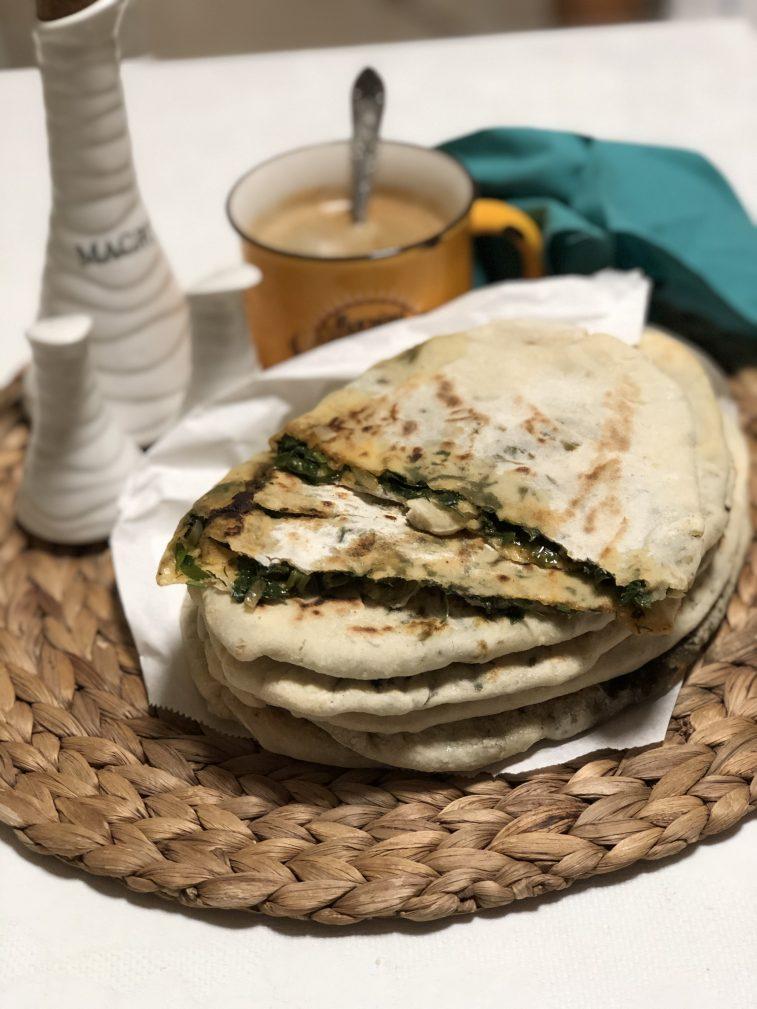 Фото рецепта - Лепешки с зеленью по-армянски - шаг 14