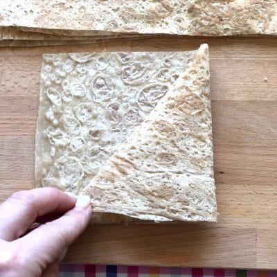 Фото рецепта - Треугольники из лаваша с сыром в кляре - шаг 5