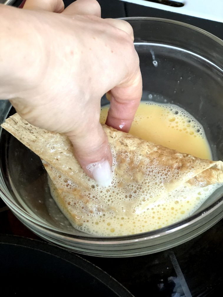 Фото рецепта - Треугольники из лаваша с сыром в кляре - шаг 10