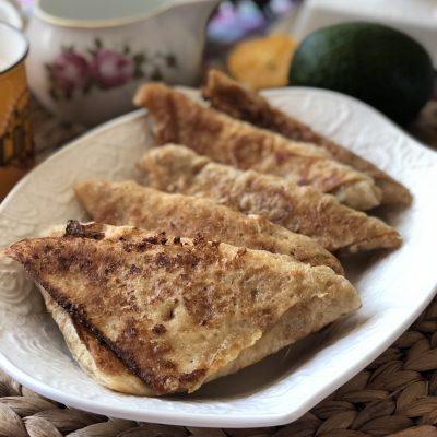 Треугольники из лаваша с сыром в кляре - рецепт с фото
