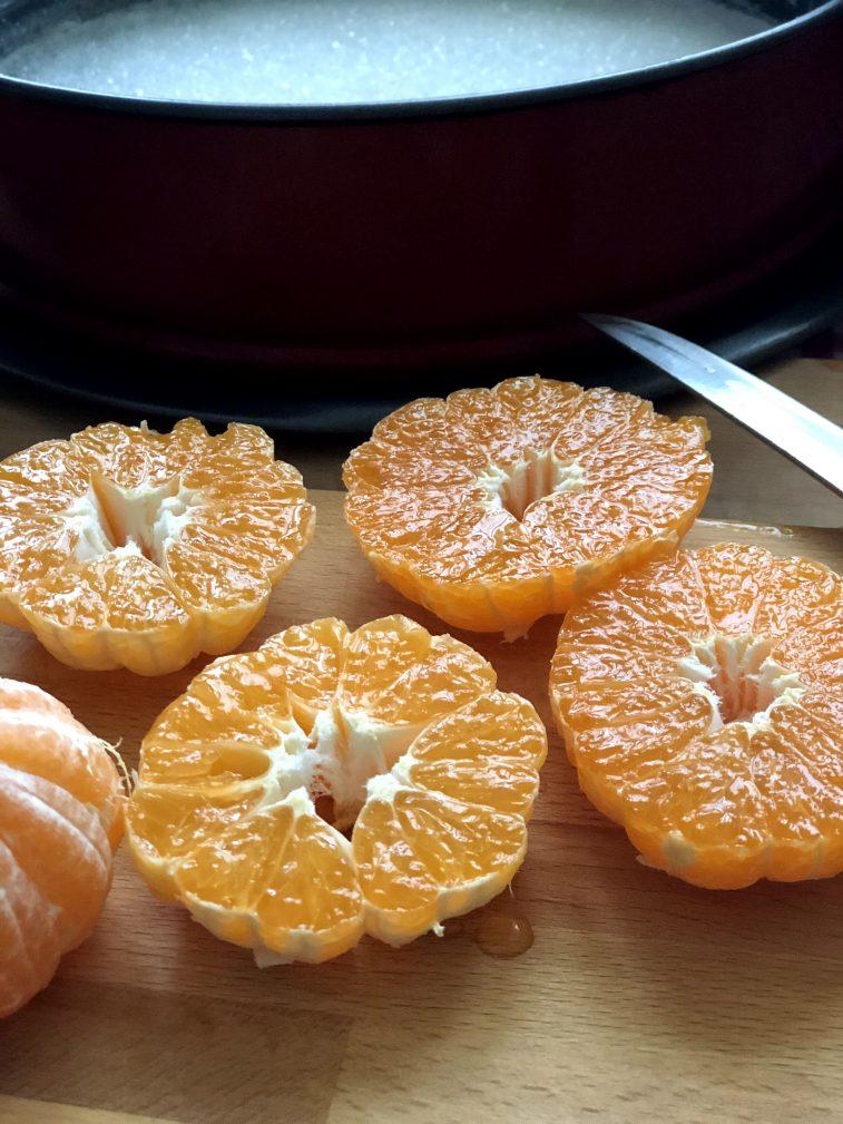 Фото рецепта - Мандариновый пирог - шаг 10