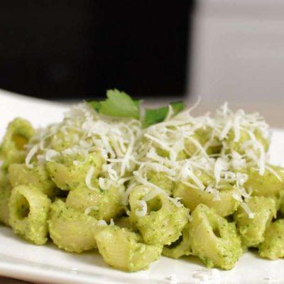 Макароны с сыром и брокколи - рецепт с фото