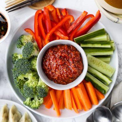 Острый корейский соус из фасоли - рецепт с фото