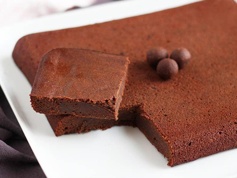 Шоколадный пирог на яблочном пюре