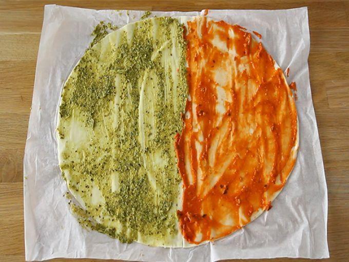Фото рецепта - Слойки-елочки с соусом песто - шаг 1