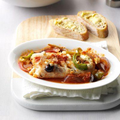 Запеченная треска в томатах по-гречески - рецепт с фото