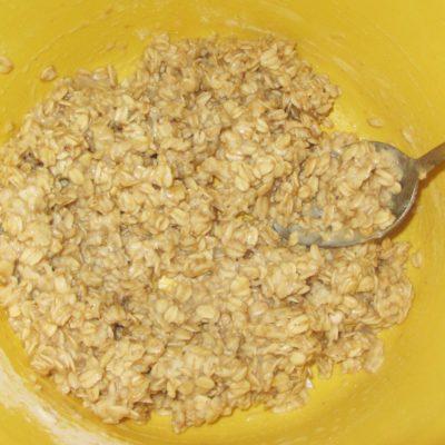 Фото рецепта - Постное овсяное печенье с изюмом и морковью (без сахара) - шаг 1