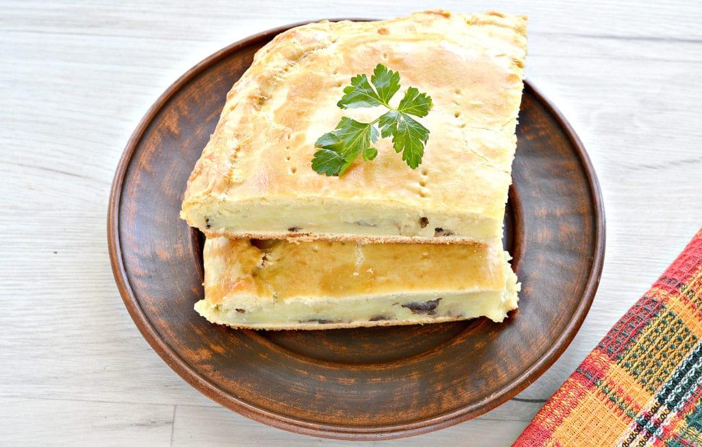Фото рецепта - Пирог с картошкой и грибами - шаг 10