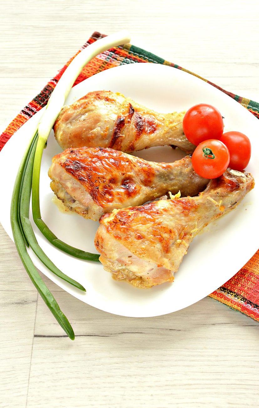 Куриные голени в кефире с чесноком, в духовке