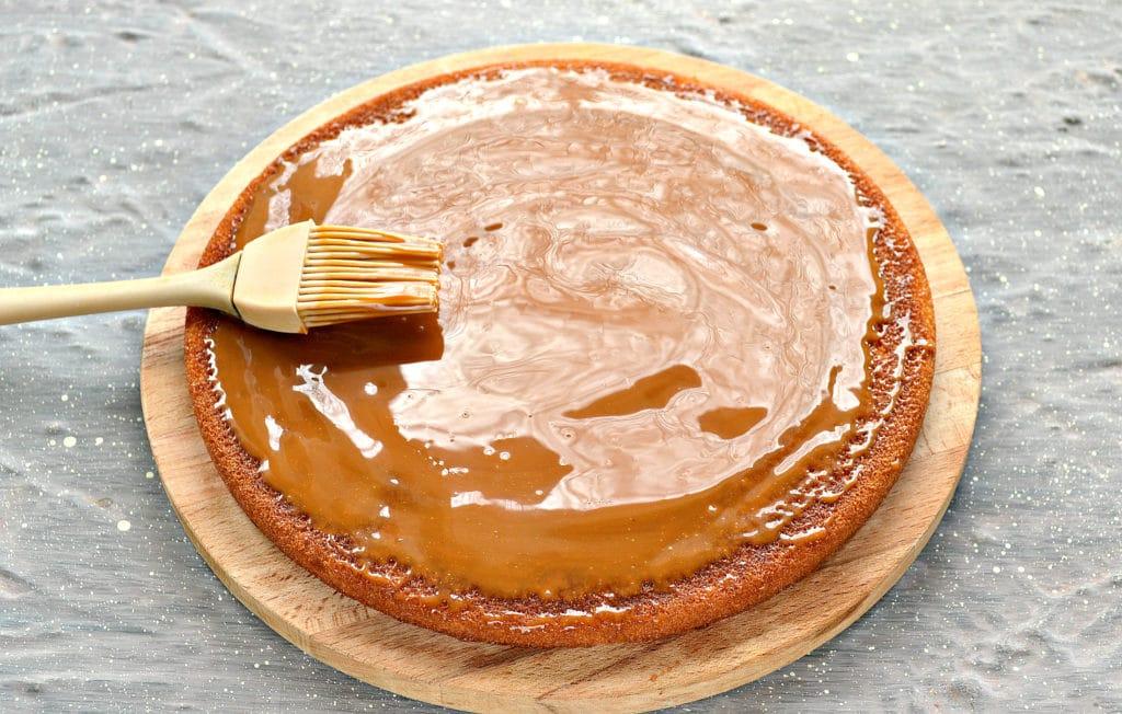 Фото рецепта - Фруктовый торт из готовых коржей - шаг 2