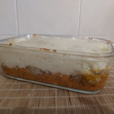 Фото рецепта - Картофельная запеканка с рваной свининой под корочкой из Моцареллы - шаг 7