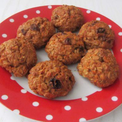 Постное овсяное печенье с изюмом и морковью (без сахара) - рецепт с фото