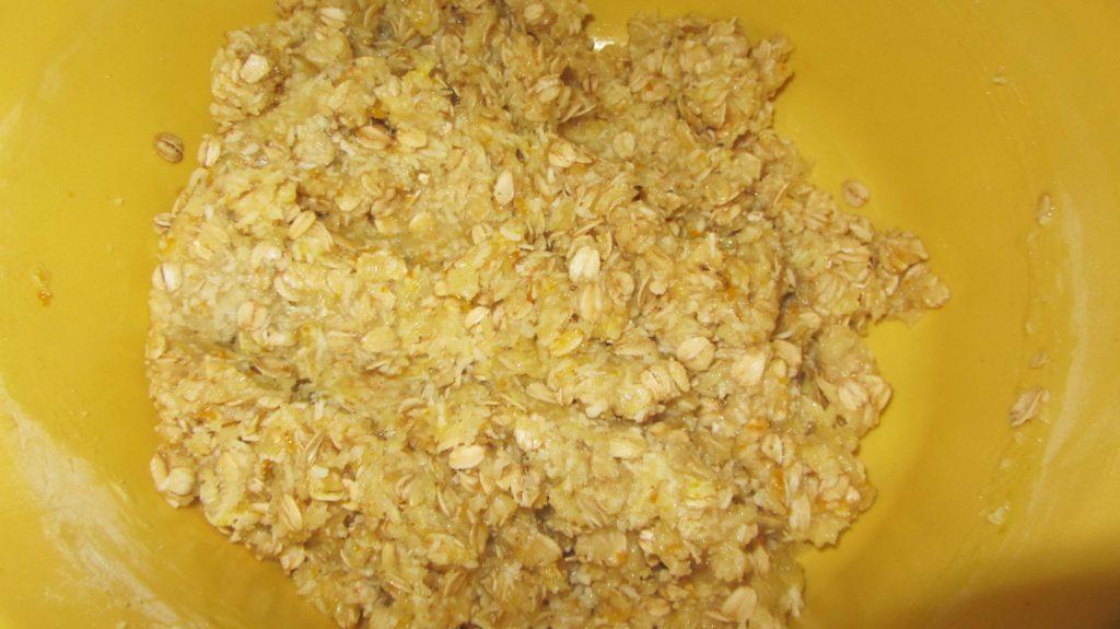 """Фото рецепта - Овсяное печенье с кокосовой стружкой """"Анзак"""" - шаг 3"""