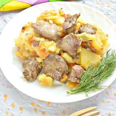 Куриная печень с картошкой на сковороде - рецепт с фото