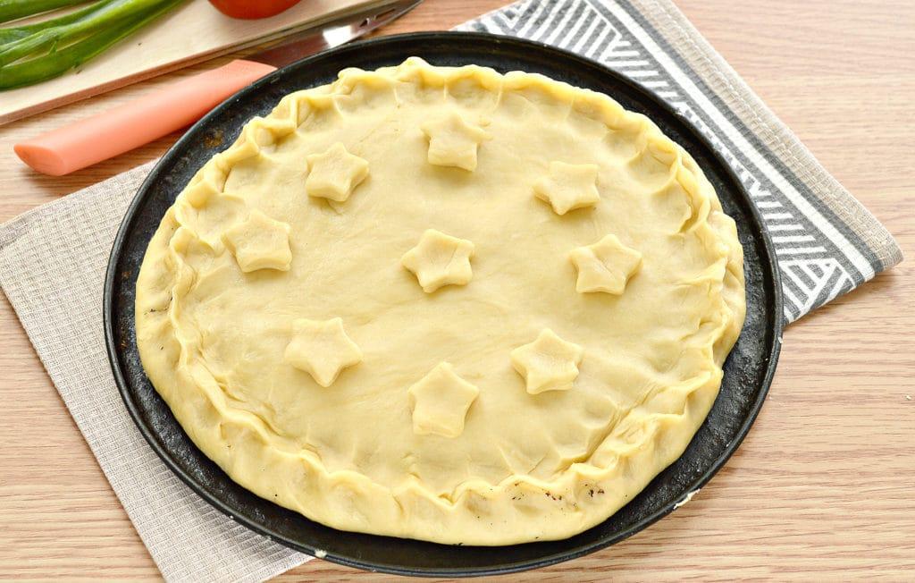 Фото рецепта - Пирог с рисом и зеленым луком на песочном тесте - шаг 6