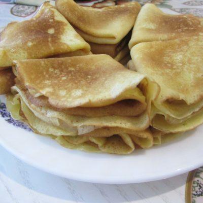 Тонкие блинчики на сыворотке (с содой) - рецепт с фото