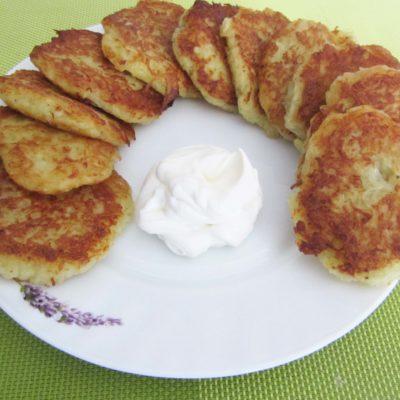 Картофельные драники (без яиц и муки) - рецепт с фото