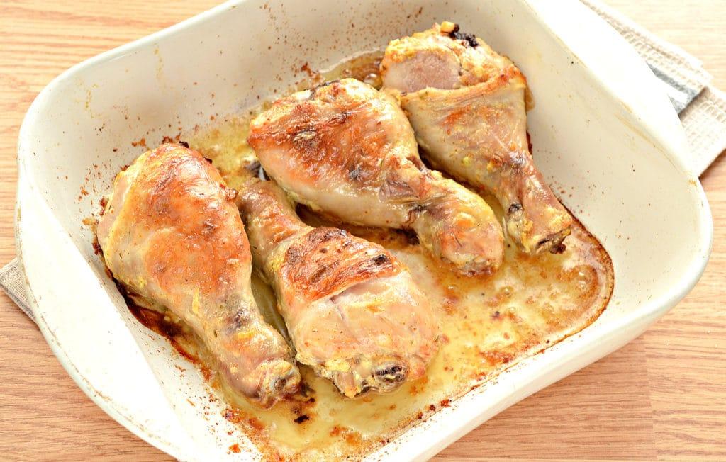 Фото рецепта - Куриные голени в сметане с чесноком - шаг 7