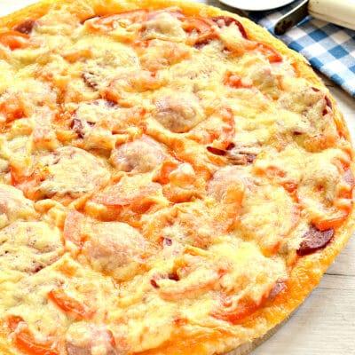 Пицца с двумя видами колбасы - рецепт с фото