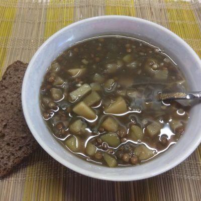 Суп из чечевицы и сельдерея на грибном бульоне - рецепт с фото