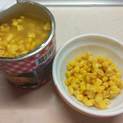 Фото рецепта - Крем-суп из консервированной кукурузы с картофелем - шаг 4