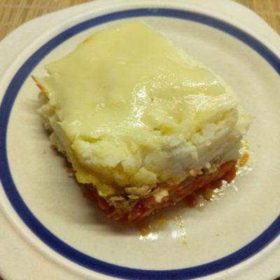 Картофельная запеканка с рваной свининой под корочкой из Моцареллы - рецепт с фото