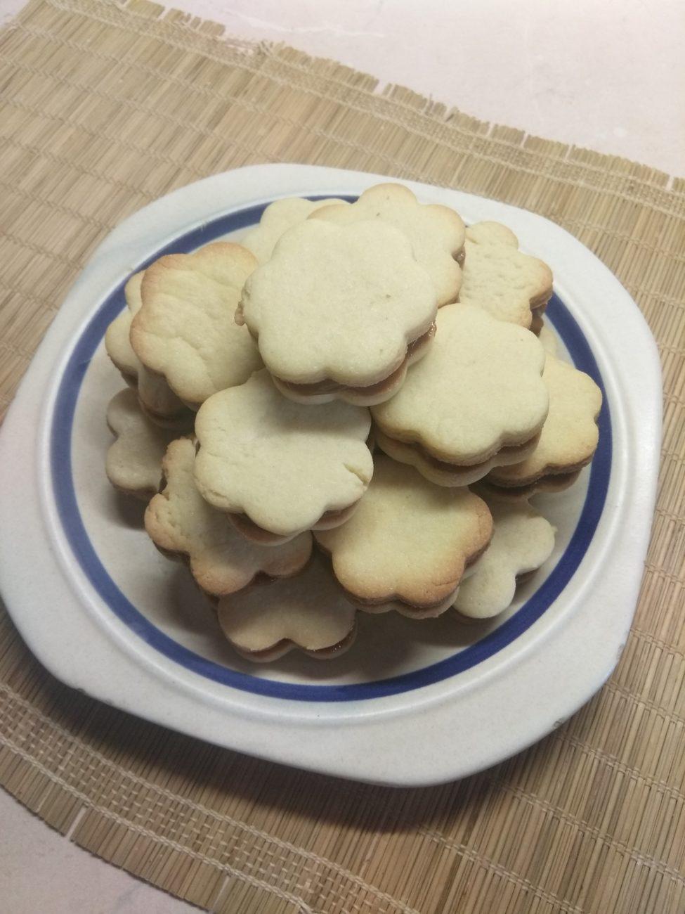 Песочное печенье со сгущёнкой