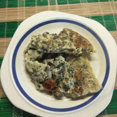 Грибной омлет с сыром Моцарелла - рецепт с фото
