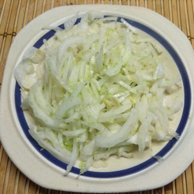 Фото рецепта - Салат из пекинской капусты, куриной печени и апельсина - шаг 1