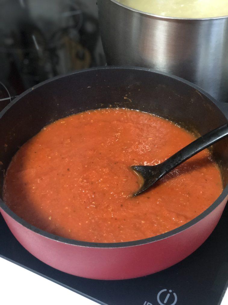 Фото рецепта - Паста со свежими томатами - шаг 8