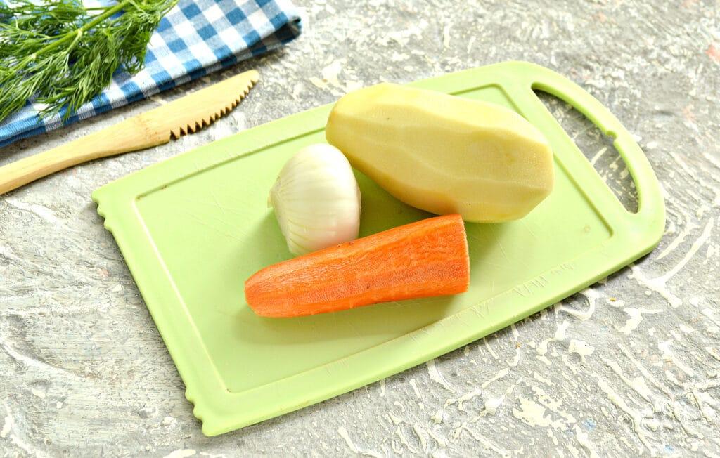 Фото рецепта - Гороховый суп-пюре на мясном бульоне - шаг 2