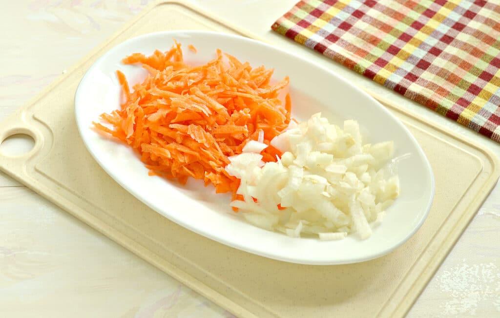 Фото рецепта - Щи с молодой капустой - шаг 3