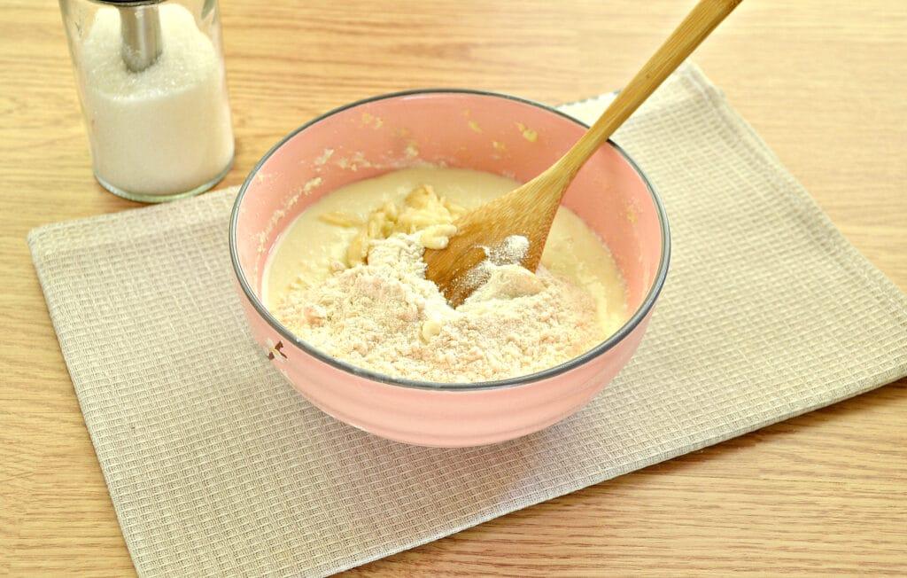 Фото рецепта - Банановые сырники - шаг 3