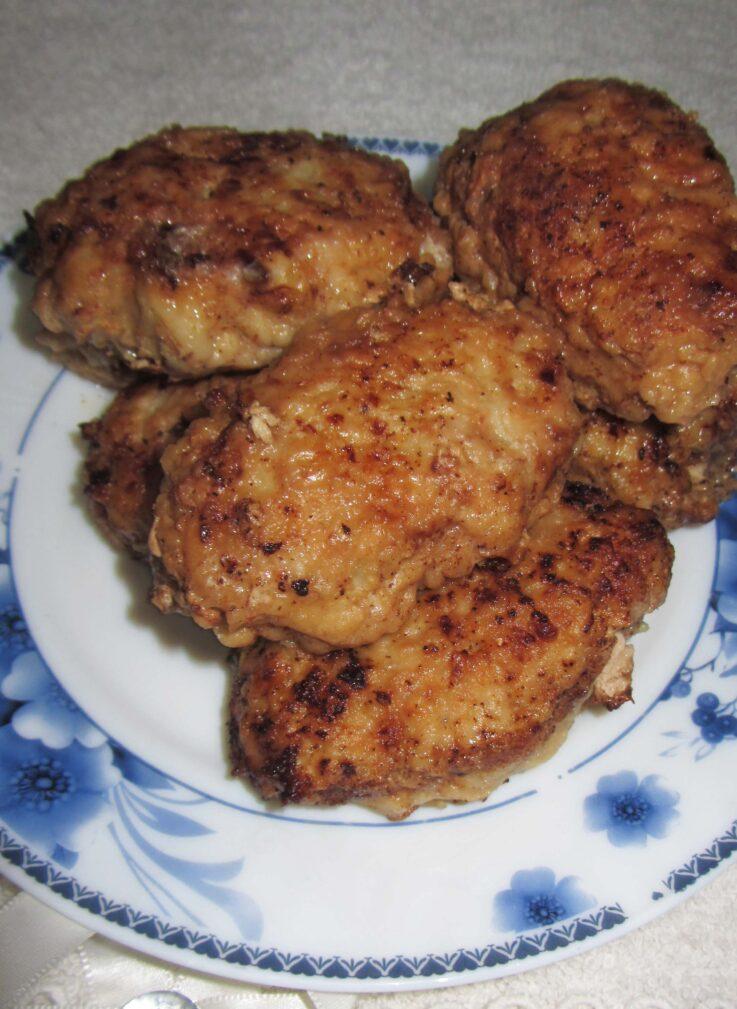 Фото рецепта - Котлеты с мясным фаршем и капустой - шаг 6