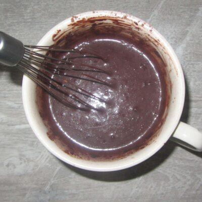 """Фото рецепта - Шоколадный бисквит """"Фаворит"""" - шаг 3"""
