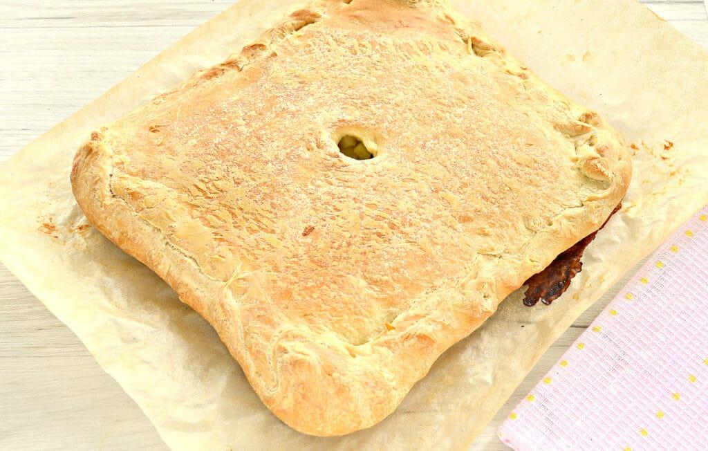 Фото рецепта - Слоеный бездрожжевой пирог с картошкой и зеленым луком - шаг 6