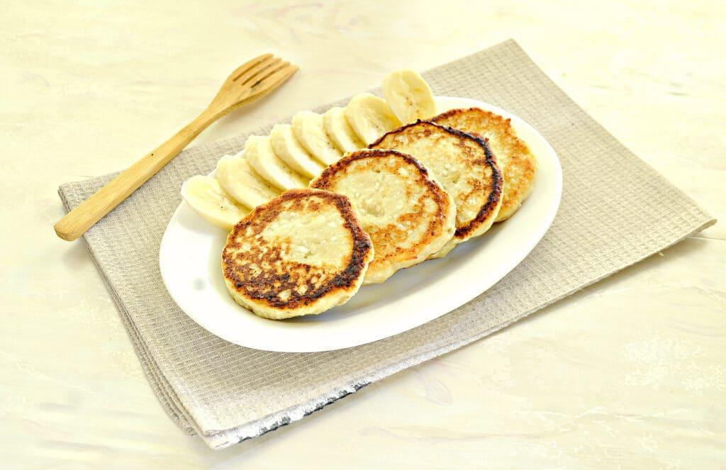 Фото рецепта - Банановые сырники - шаг 6