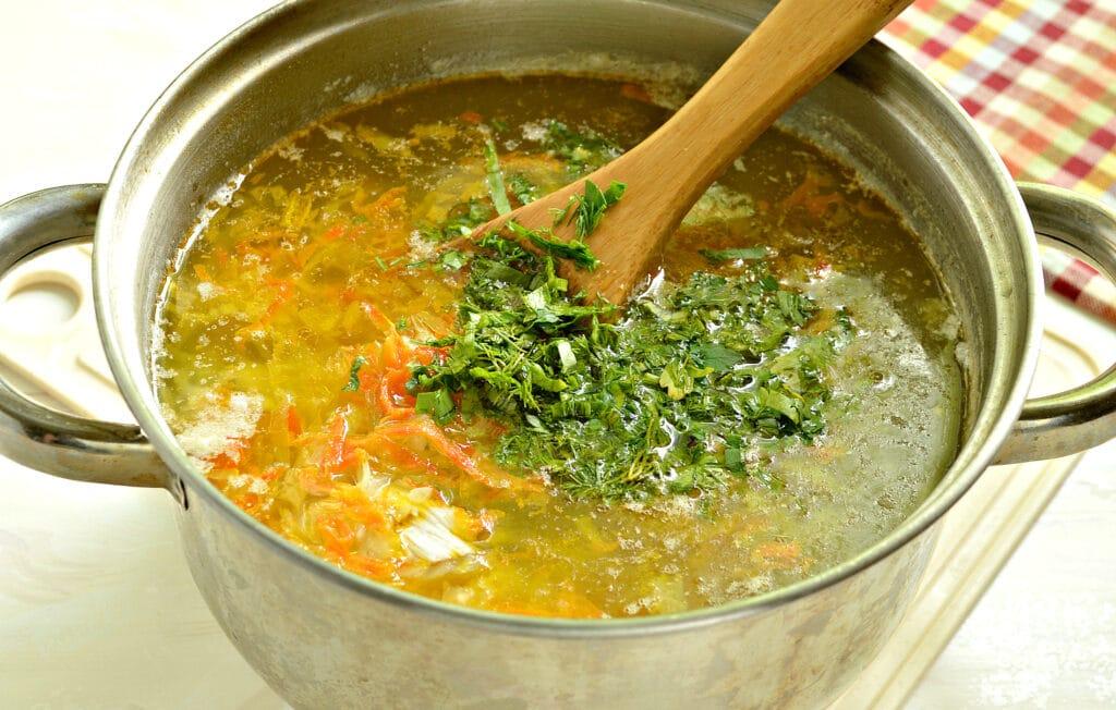 Фото рецепта - Щи с молодой капустой - шаг 7