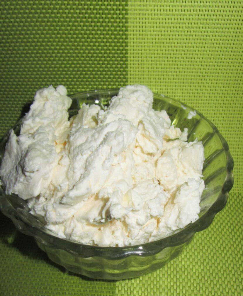 Фото рецепта - Домашний творог, приготовленный в духовке - шаг 5