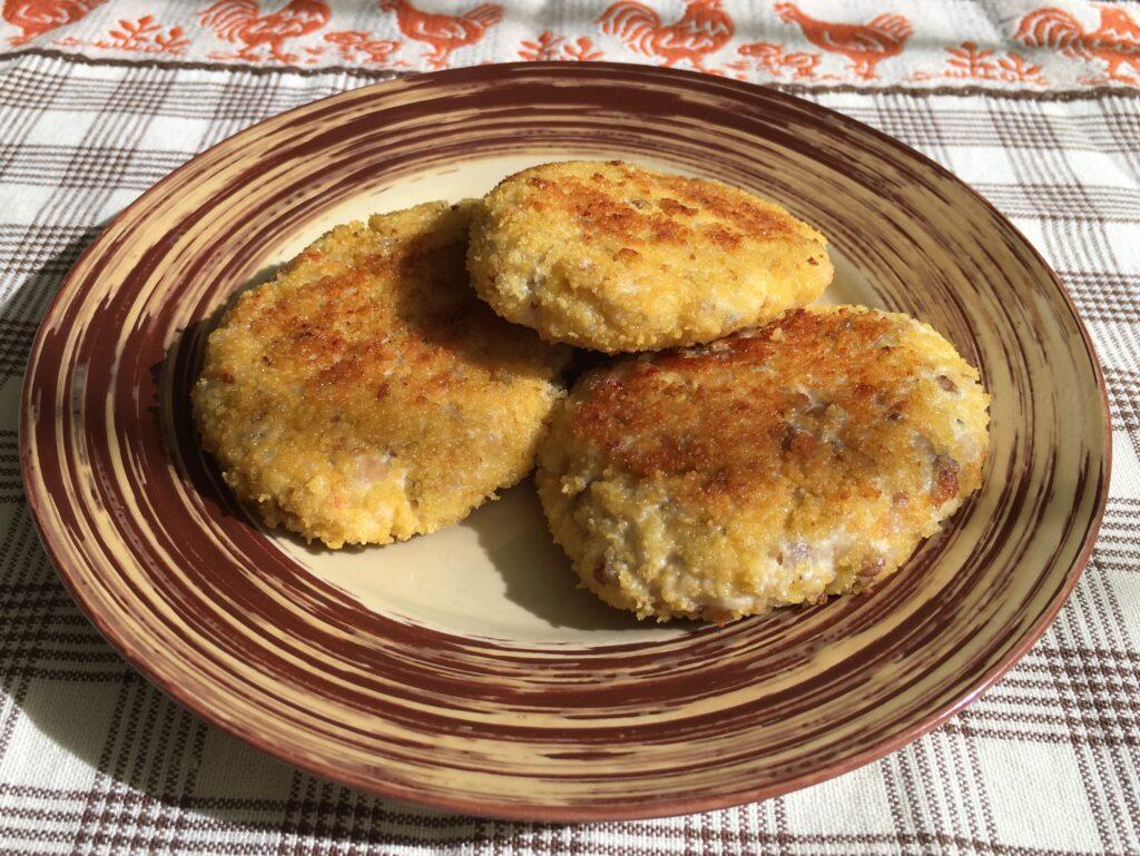 Фото рецепта - Гречаники из куриного фарша (котлеты с гречкой) - шаг 5