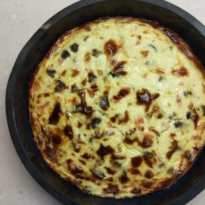 Фото рецепта - Творожная запеканка с шампиньонами и морковью - шаг 5