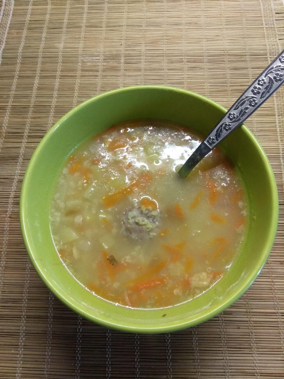 Суп с фрикадельками и пшённой крупой