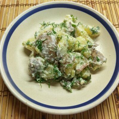 Фото рецепта - Молодой картофель с грудиной и укропом в сметане - шаг 5